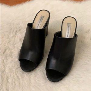 Size 7 Saks fifth ave block heels